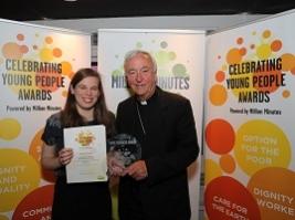 AoS ship visitor wins Youth Award