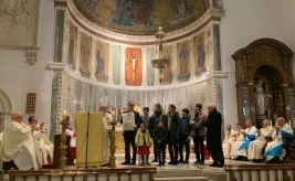 Papal Blessing for Stella Maris director