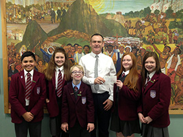 Giffnock pupils learn about AoS