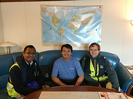AoS offers friendship to seafarer in need
