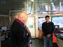 Communion for seafarers after loss at sea